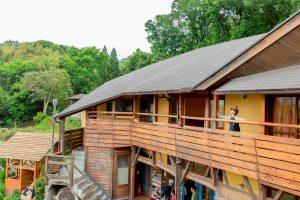 温かみのある木造校舎