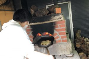 カフェレストラン窯焼きピザ