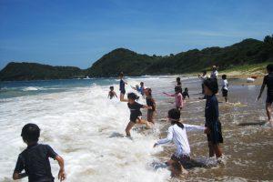 夏の自然合宿・海