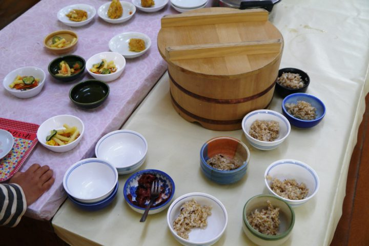 玄米和食を主とした給食