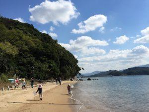 すぐ近くは海!暑い季節はもちろん、冬も散歩に