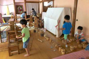 創造的な室内遊び